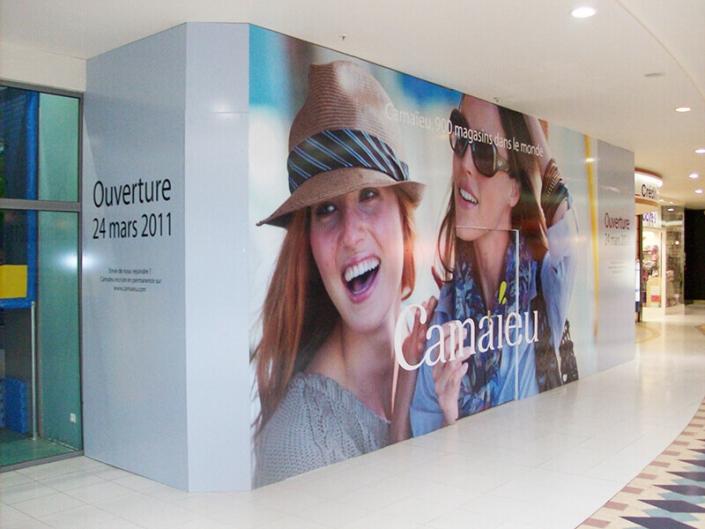 Habillage enseigne temporaire pour travaux pour Camaieu Centre Commercial Atlantis à Saint-Herblain (44) - Adhésif Publicité - Votre signalétique adhésive sur Nantes (44)